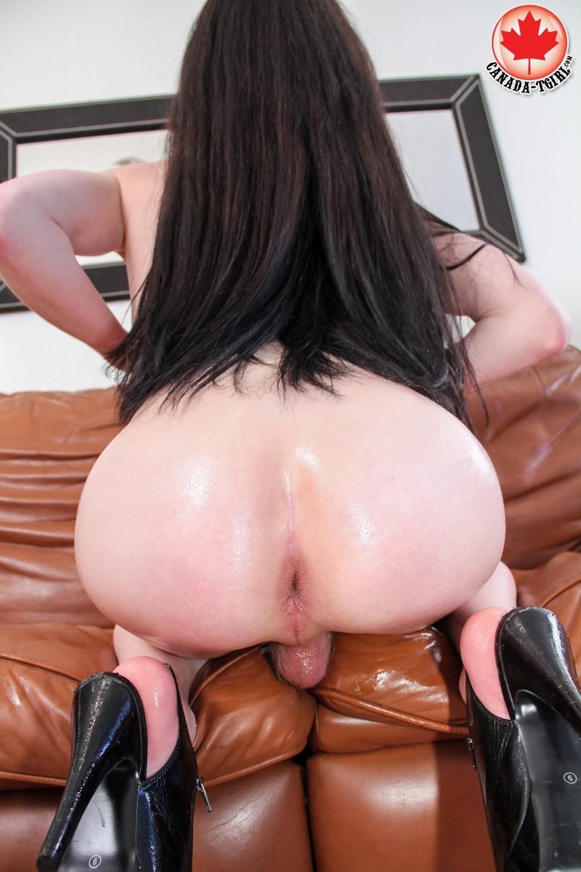 jeune tranny du 83 assoiffée de sexe